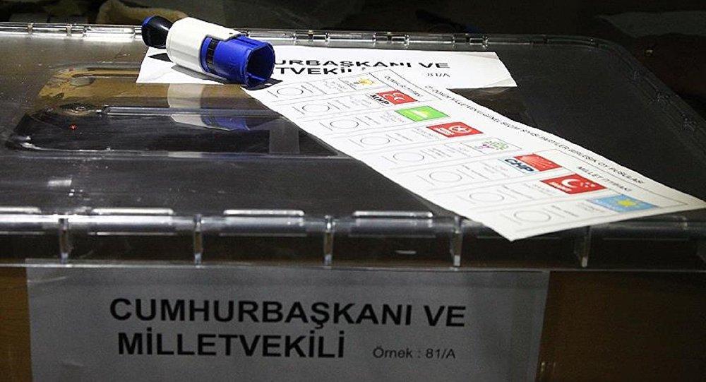 AK Parti mühürlü oy pusulası