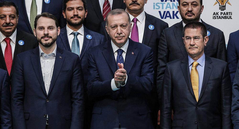 Bloomberg: Erdoğan'ın yeni hanedanlığı, Türkiye'yi yatırım yapılamaz hale getirdi