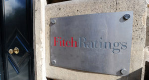 Fitch 4 Türk bankasının kredi notunu düşürdü