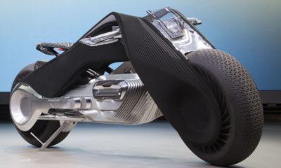Sürücüsüz motosiklet BMW ilk turunu tamamladı