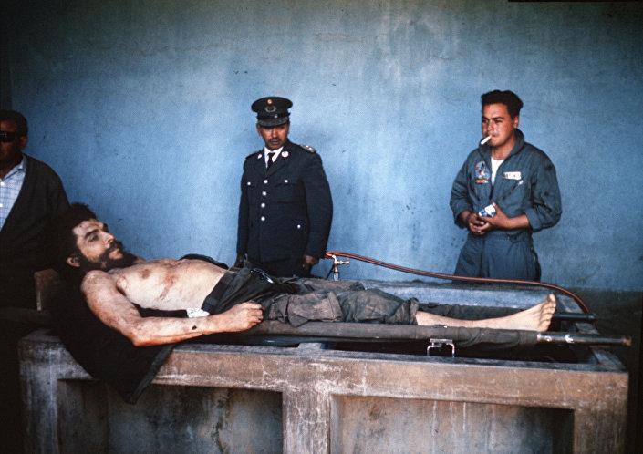Öldürüldükten sonra Che