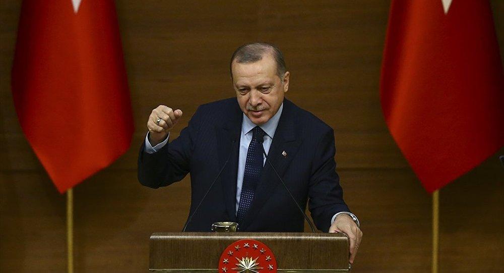 Erdoğan'a hakaretten yargılanan ODTÜ'lüler hakim karşısında