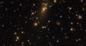 Dev Galaksi Kümesi, Hubble Tarafından Görüntülendi