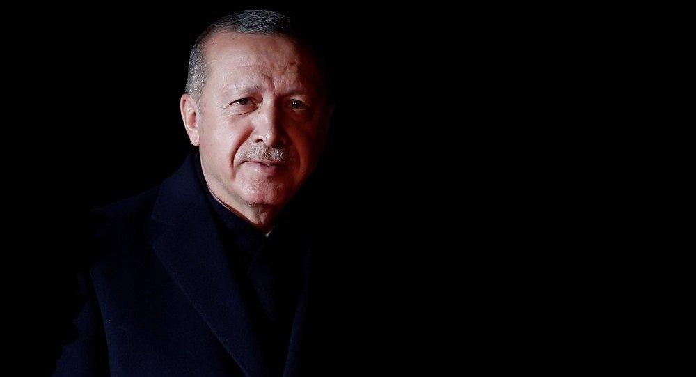 Recep Tayyip Erdoğan kara kaplı defteri açtı