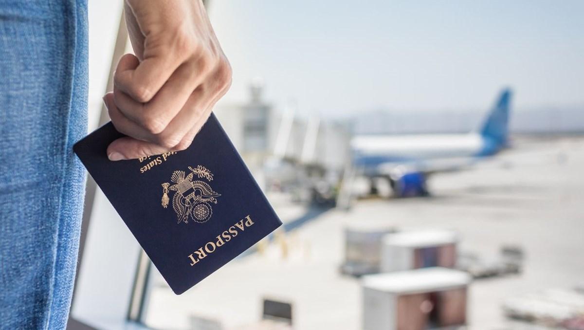 ABD'de cinsiyet hanesinde X yazan ilk pasaport düzenlendi