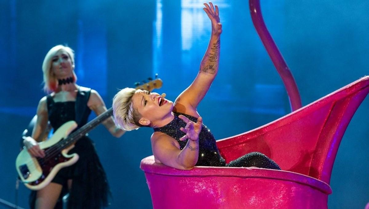 Pink, İngiltere'de şarkıları en çok çalınan şarkıcı oldu